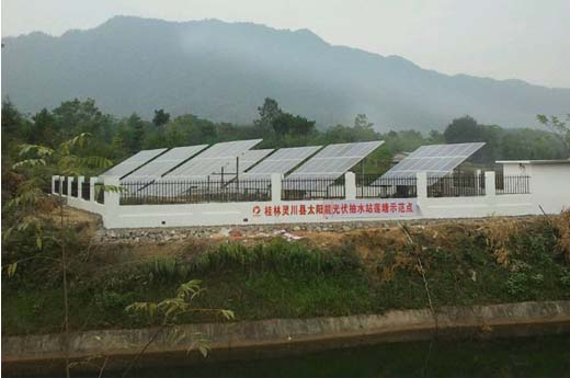 Solar pumping system completion